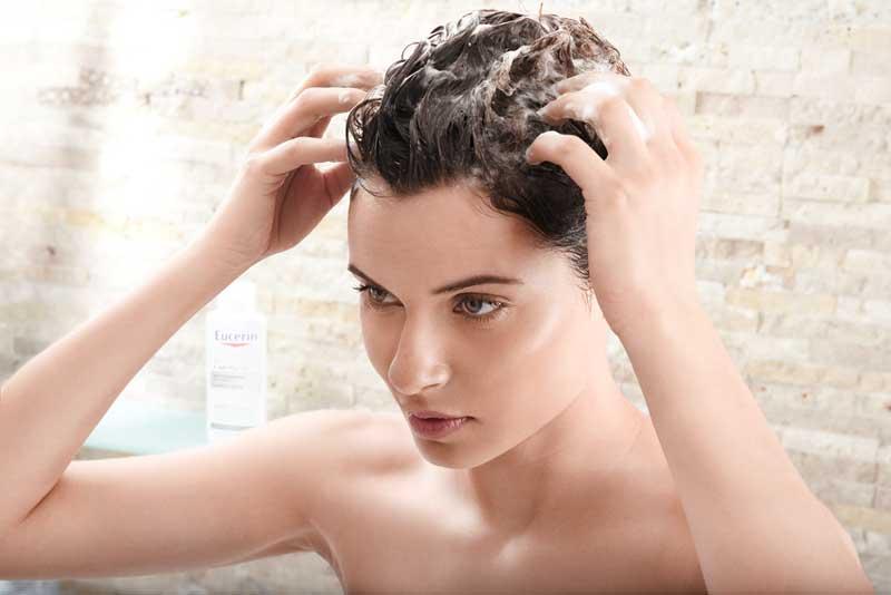 women wash hair